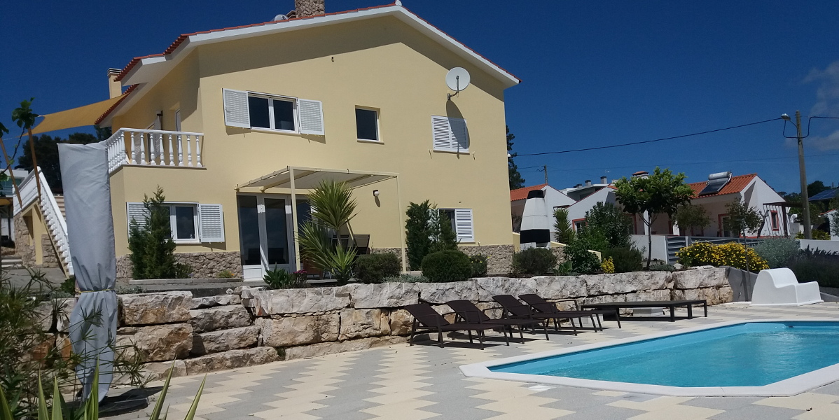 Holiday apartments Villa Limaõ